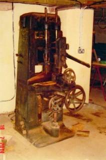 29oldmachine